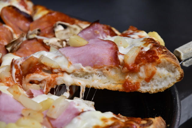 Chicago Style Pizza - Restaurant gallery 8